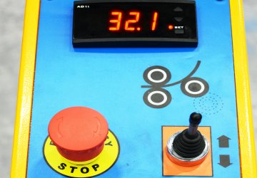 Digital Read-Out and Joystick Control for Back Roll Adjustment